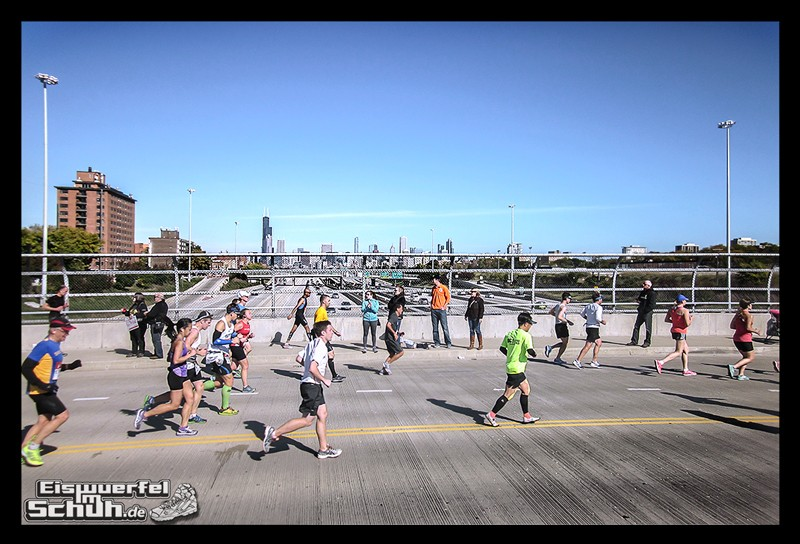 EISWUERFELIMSCHUH – CHICAGO MARATHON 2014 PART I I – Chicago Marathon 2014 (150)