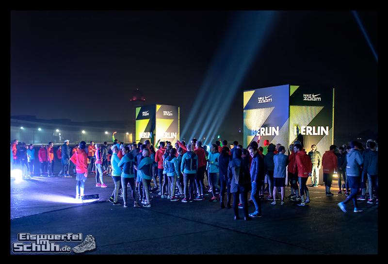 EISWUERFELIMSCHUH – NIKE ZOOM Laufen Berlin Leichtathletik (73)