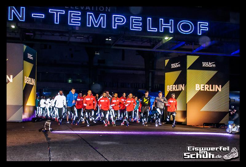 EISWUERFELIMSCHUH – NIKE ZOOM Laufen Berlin Leichtathletik (89)