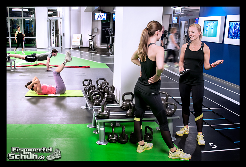 EISWUERFELIMSCHUH – Fitness Workout REEBOK Cardio Ultra Berlin (04)