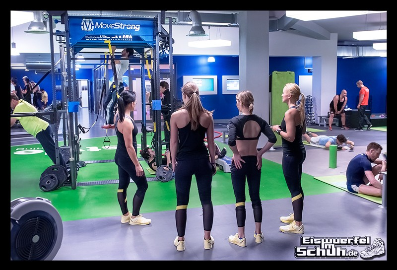 EISWUERFELIMSCHUH – Fitness Workout REEBOK Cardio Ultra Berlin (24)