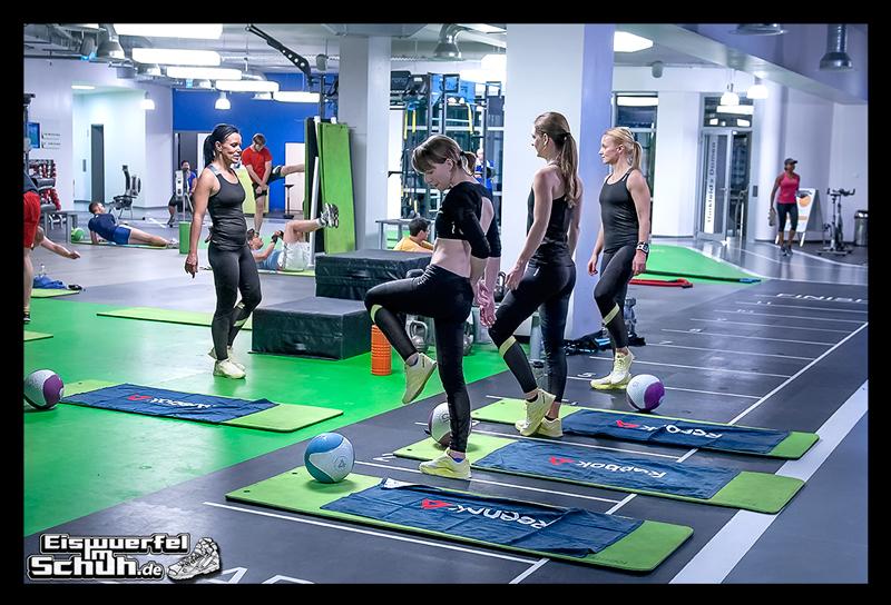 EISWUERFELIMSCHUH – Fitness Workout REEBOK Cardio Ultra Berlin (34)