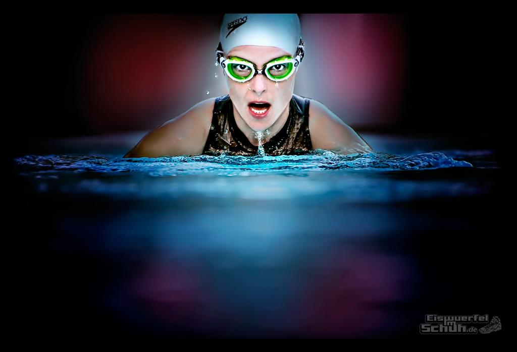 EISWUERFELIMSCHUH - Schwimmen Triathlon SPEEDO ZOGGS (01)