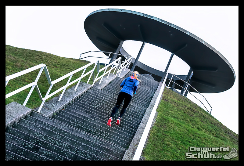EISWUERFELIMSCHUH – Treppen Training Laufen Laufgeschichten New Balance (08)