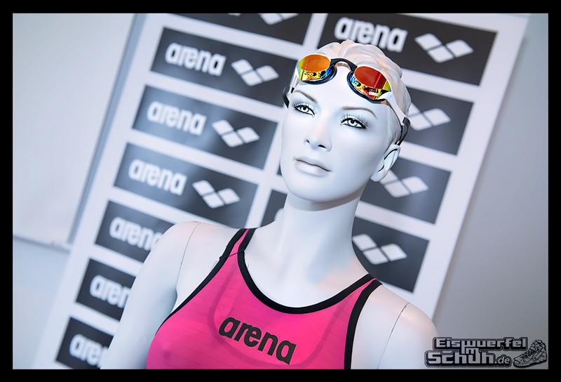EISWUERFELIMSCHUH – ARENA Powerskin Carbon Schwimmen Interview (16)