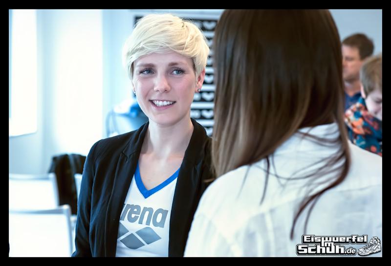 EISWUERFELIMSCHUH – ARENA Powerskin Carbon Schwimmen Interview (19)