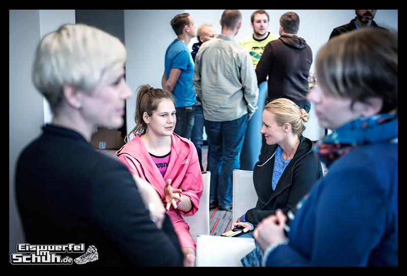 EISWUERFELIMSCHUH – ARENA Powerskin Carbon Schwimmen Interview (65)