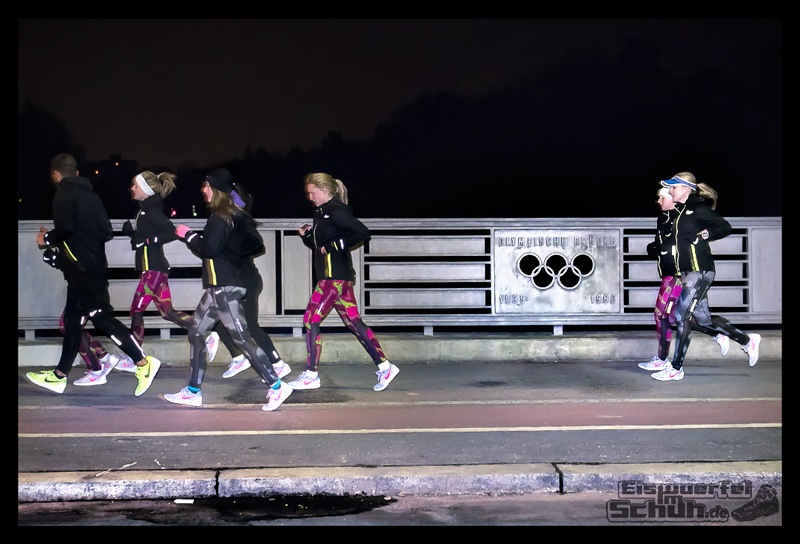 EISWUERFELIMSCHUH – NIKE BERLIN Womens Run Kick Off Olympiastadion (33)