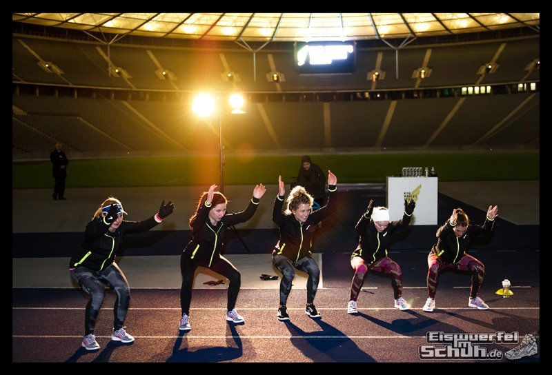 EISWUERFELIMSCHUH – NIKE BERLIN Womens Run Kick Off Olympiastadion (51)