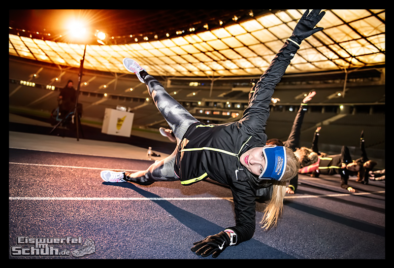 EISWUERFELIMSCHUH – NIKE BERLIN Womens Run Kick Off Olympiastadion (55)