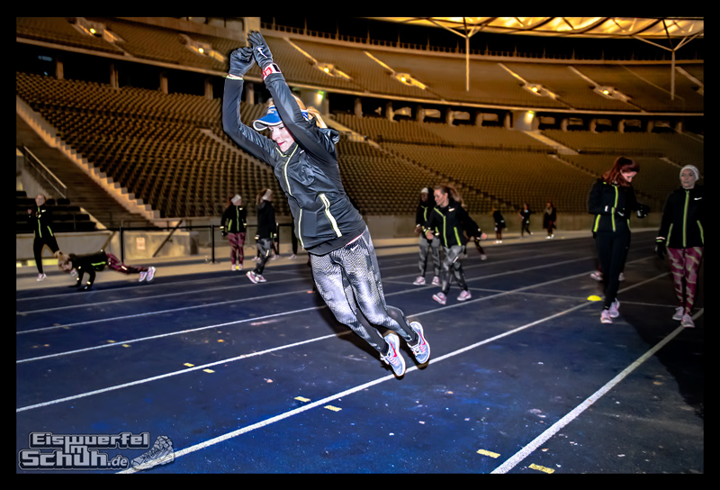 EISWUERFELIMSCHUH – NIKE BERLIN Womens Run Kick Off Olympiastadion (57)