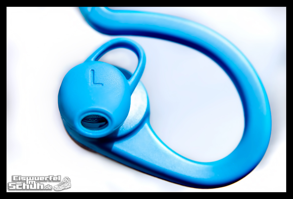 EISWUERFELIMSCHUH – PLANTRONICS Back Beat Fit Wireless Music (18)