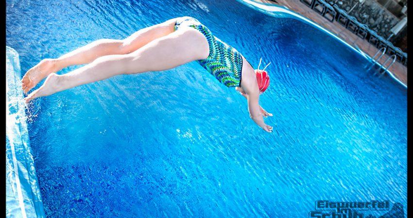 Schwimmgeschichten: Angst im Kinderbecken und Rolle vorwärts