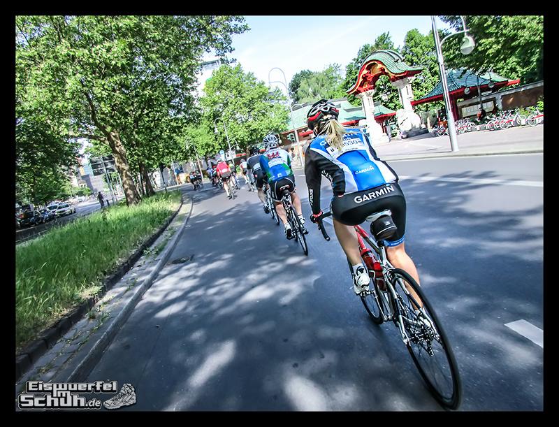 EISWUERFELIMSCHUH – GARMIN VELOTHON BERLIN 2015 Radrennen (20)