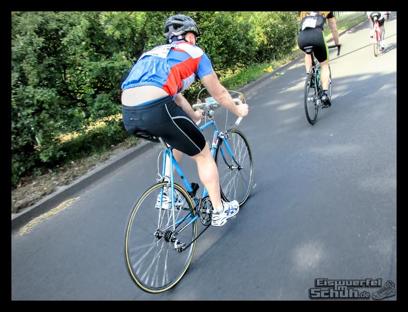 EISWUERFELIMSCHUH – GARMIN VELOTHON BERLIN 2015 Radrennen (21)