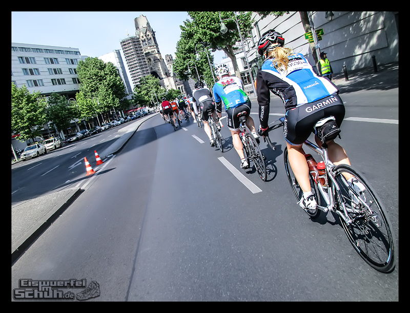 EISWUERFELIMSCHUH – GARMIN VELOTHON BERLIN 2015 Radrennen (22)