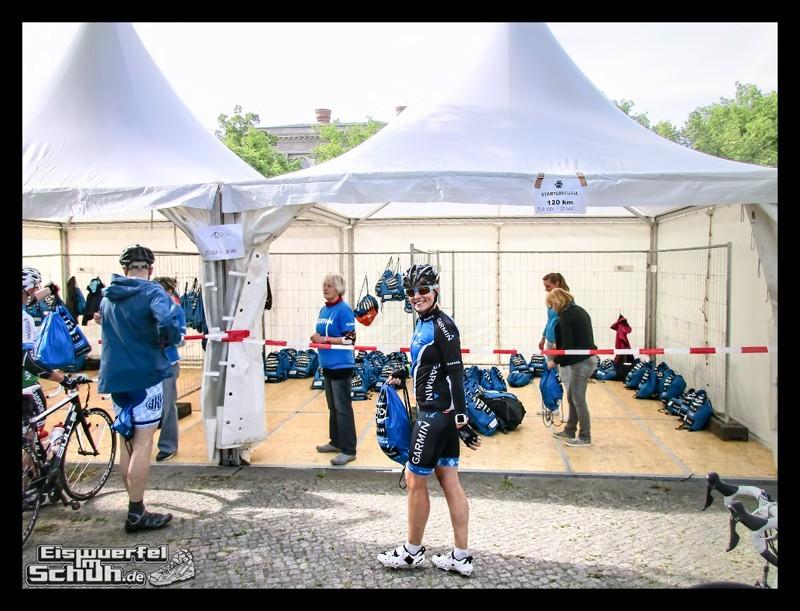 EISWUERFELIMSCHUH – GARMIN VELOTHON BERLIN 2015 Radrennen (3)