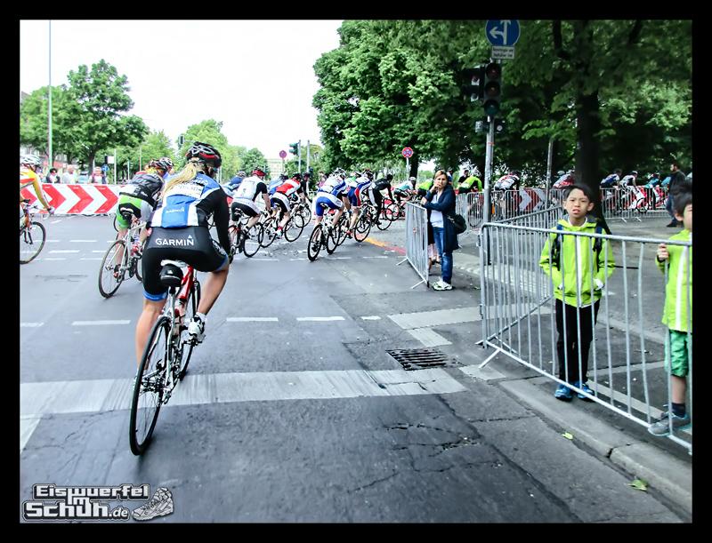 EISWUERFELIMSCHUH – GARMIN VELOTHON BERLIN 2015 Radrennen (34)
