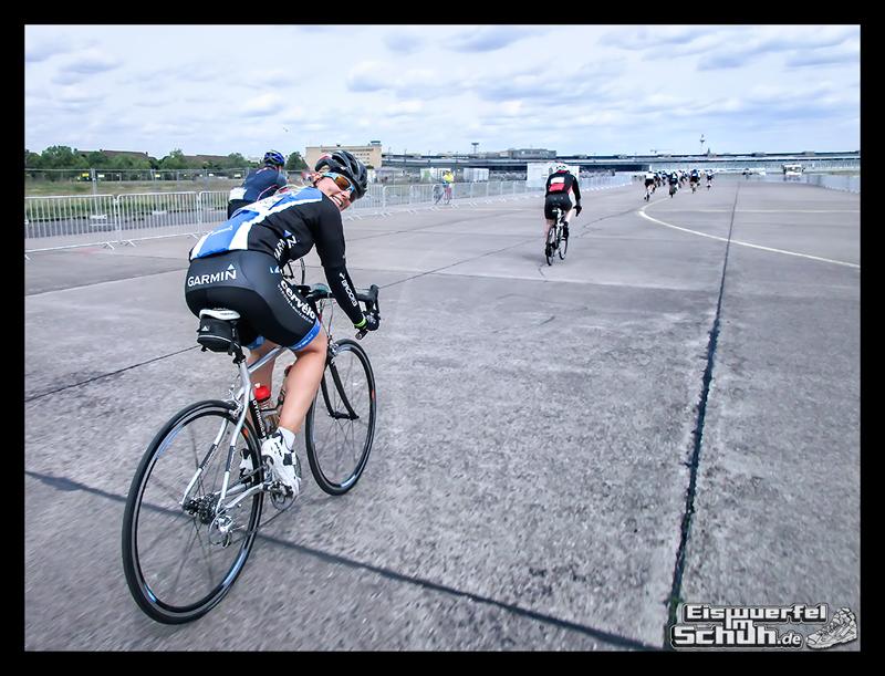 EISWUERFELIMSCHUH – GARMIN VELOTHON BERLIN 2015 Radrennen (38)