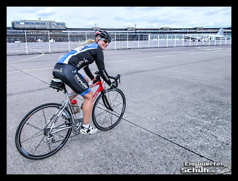 EISWUERFELIMSCHUH – GARMIN VELOTHON BERLIN 2015 Radrennen (39)