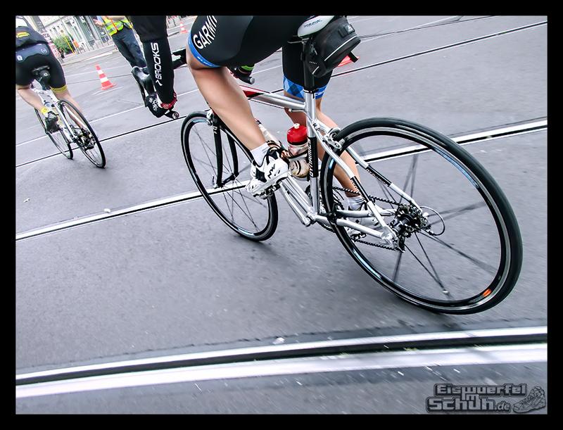 EISWUERFELIMSCHUH – GARMIN VELOTHON BERLIN 2015 Radrennen (49)