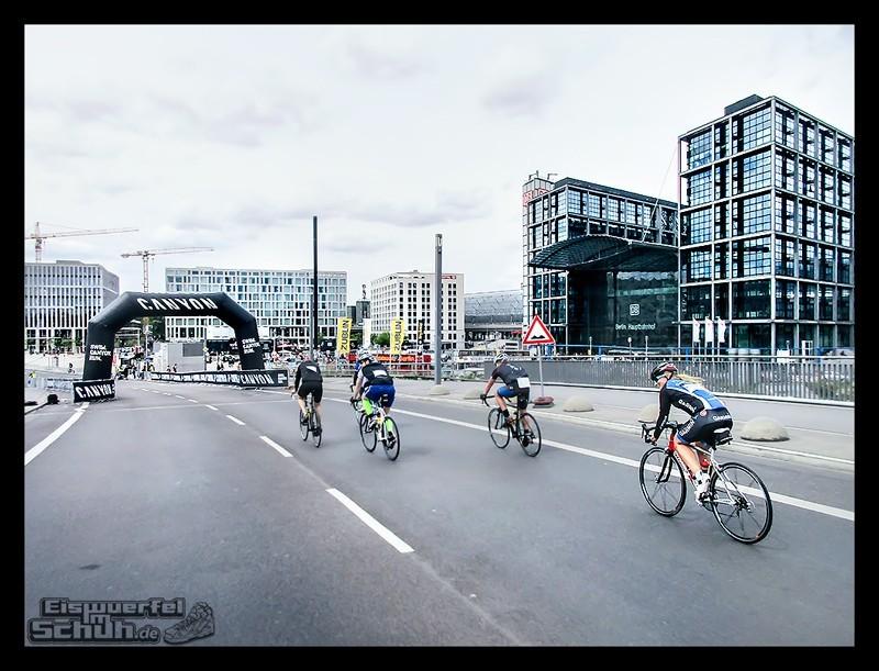 EISWUERFELIMSCHUH – GARMIN VELOTHON BERLIN 2015 Radrennen (50)
