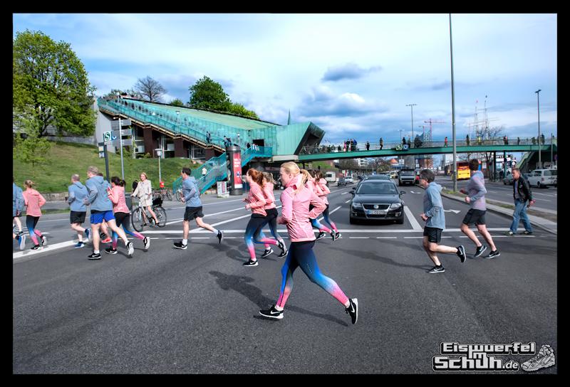 EISWUERFELIMSCHUH – NIKE FREE Hamburg Running Laufen (155)