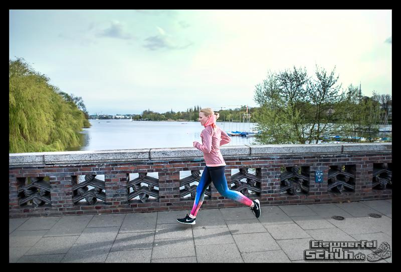 EISWUERFELIMSCHUH – NIKE FREE Hamburg Running Laufen (180)