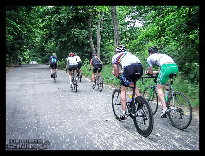 EISWUERFELIMSCHUH – Radgeschichten in der Gruppe (3)