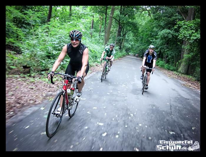 EISWUERFELIMSCHUH – Radgeschichten in der Gruppe (4)