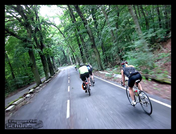 EISWUERFELIMSCHUH – Radgeschichten in der Gruppe (7)