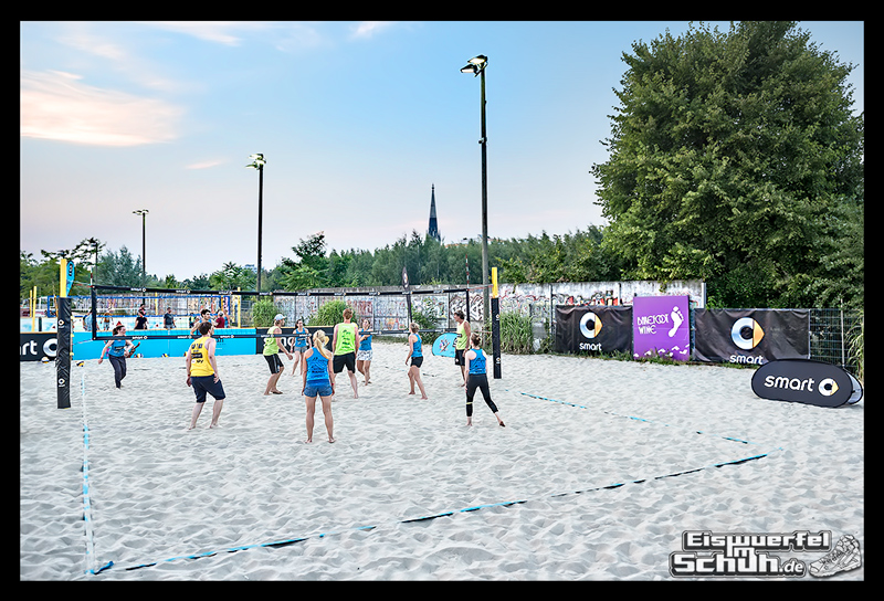 EISWUERFELIMSCHUH – Beachvolleyball Smart Urban Playgrounds (107)