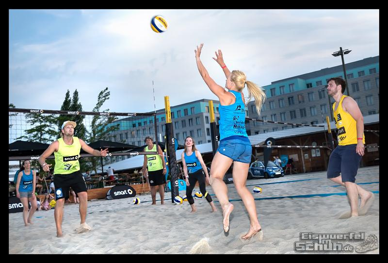 EISWUERFELIMSCHUH – Beachvolleyball Smart Urban Playgrounds (109)