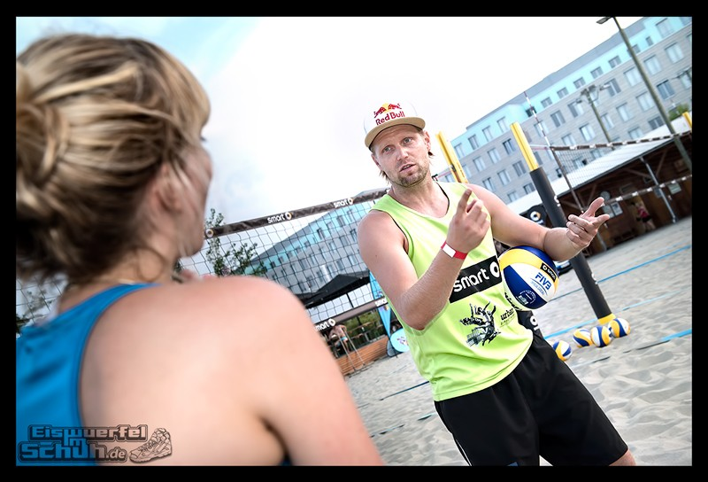 EISWUERFELIMSCHUH – Beachvolleyball Smart Urban Playgrounds (112)