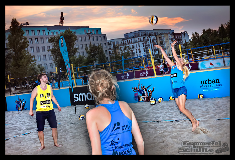 EISWUERFELIMSCHUH – Beachvolleyball Smart Urban Playgrounds (116)