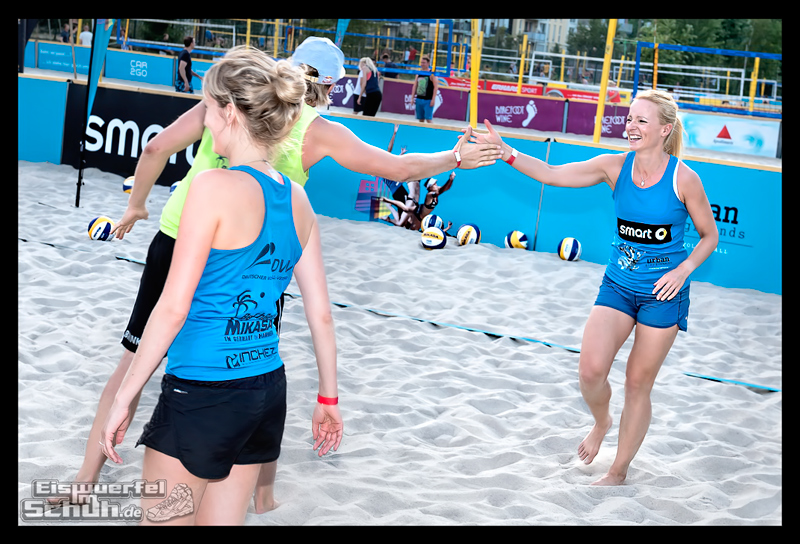 EISWUERFELIMSCHUH – Beachvolleyball Smart Urban Playgrounds (118)