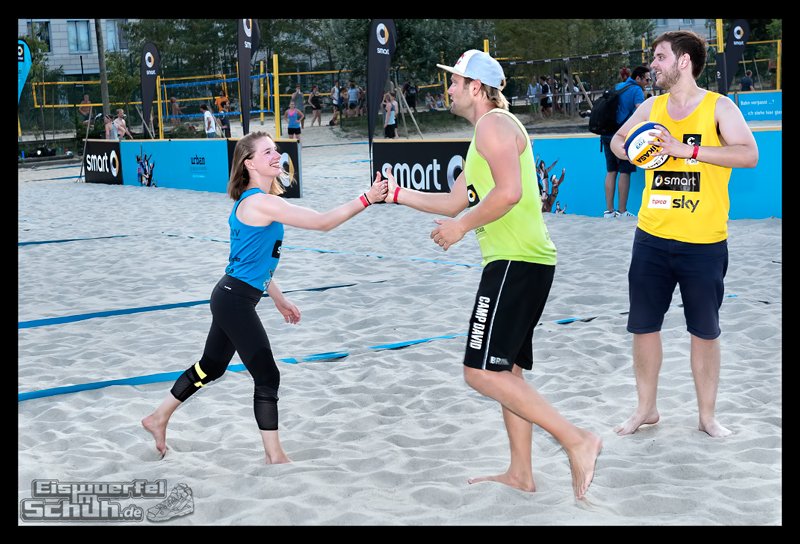 EISWUERFELIMSCHUH – Beachvolleyball Smart Urban Playgrounds (119)