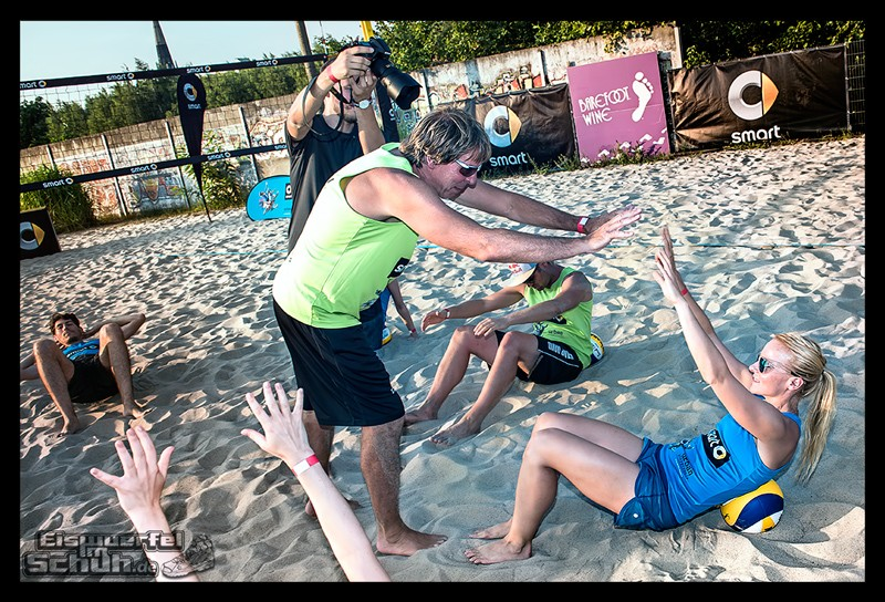 EISWUERFELIMSCHUH – Beachvolleyball Smart Urban Playgrounds (67)
