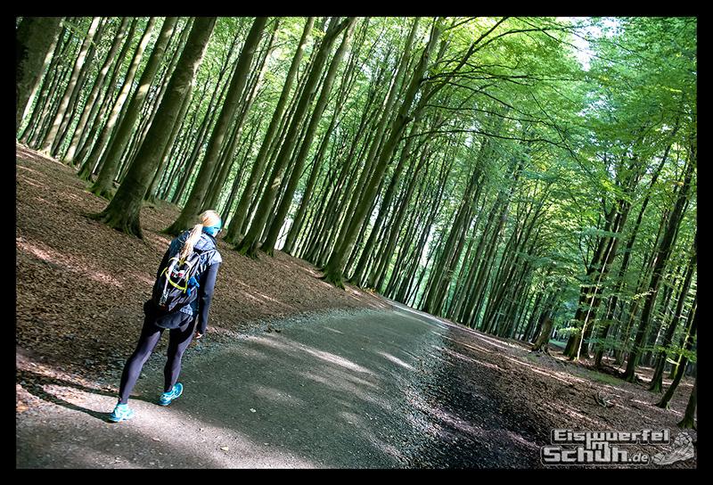EISWUERFELISCHUH – Ruegen Koenigsstuhl Wald Küste Nationalpark Laufgeschichte (11)