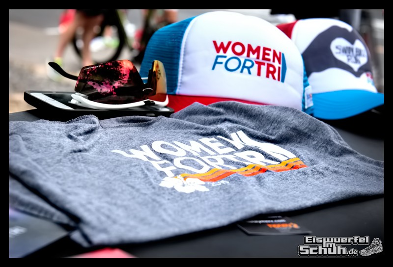 EISWUERFELIMSCHUH – Hawaii Big Island IRONMAN Messe Woman For Tri (4)