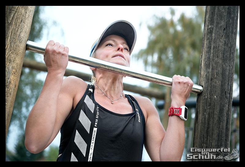 EISWUERFELIMSCHUH - Reebok BeMoreHuman Spiel Fitness Laufen Workout (6)