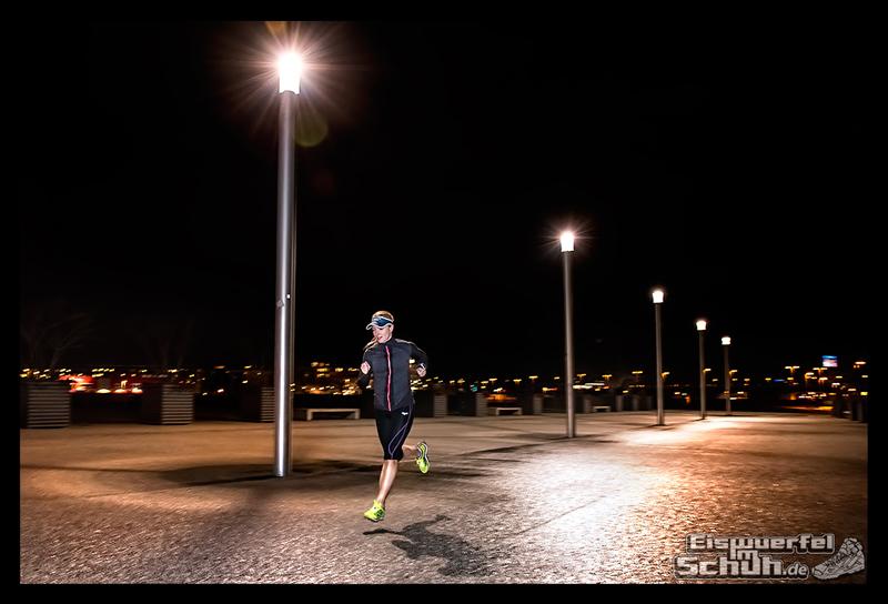 EISWUERFELIMSCHUH - Nacht Lauf 1 Stadt Night Run City Berlin Mizuno Salming Garmin (5)