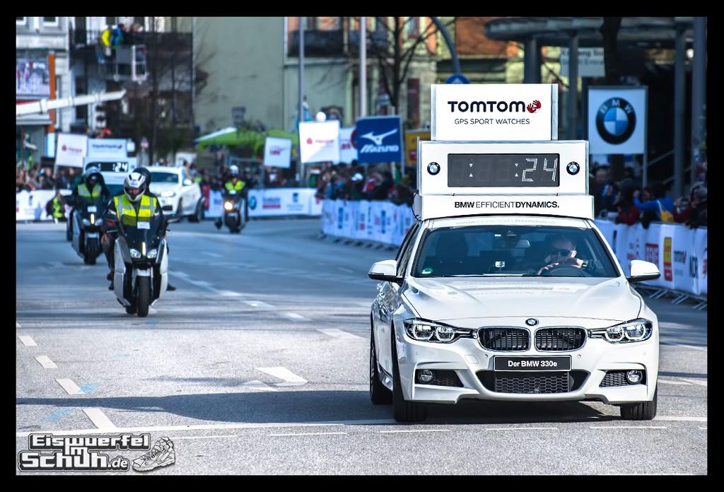 EISWUERFELIMSCHUH – Hamburg Marathon Laufen Haspa Mizuno (10)
