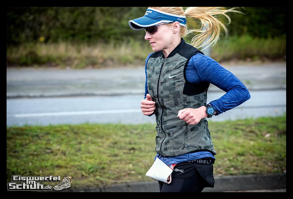 EISWUERFELIMSCHUH – Hamburg Marathon Laufen Haspa Mizuno (19)