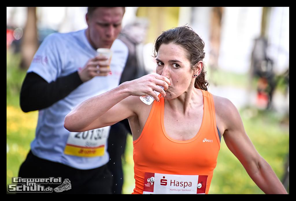 EISWUERFELIMSCHUH – Hamburg Marathon Laufen Haspa Mizuno (31)