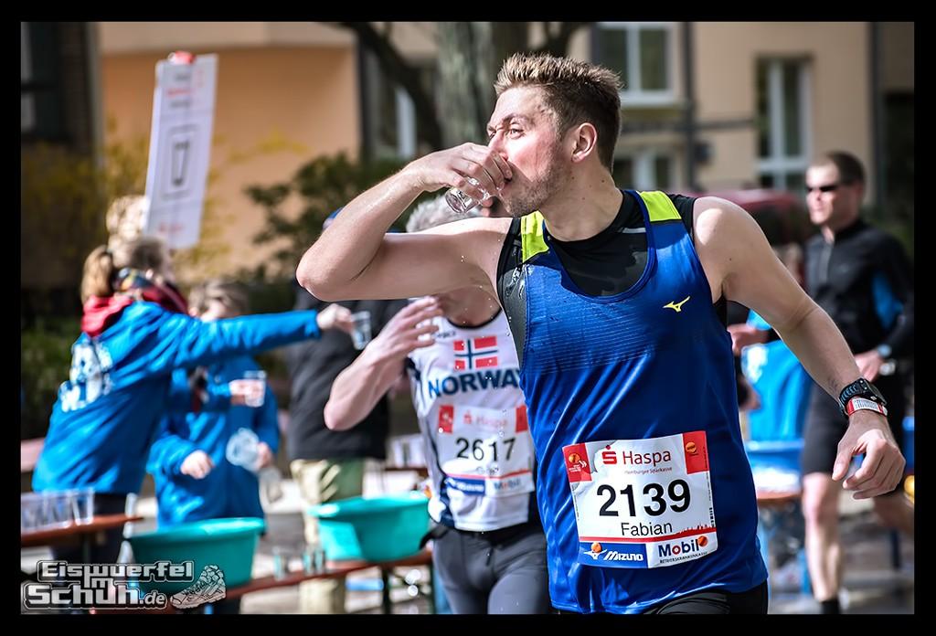 EISWUERFELIMSCHUH – Hamburg Marathon Laufen Haspa Mizuno (39)