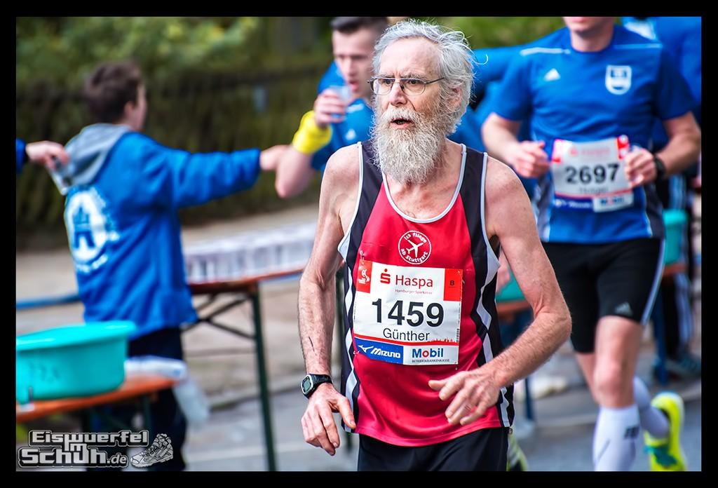 EISWUERFELIMSCHUH – Hamburg Marathon Laufen Haspa Mizuno (40)