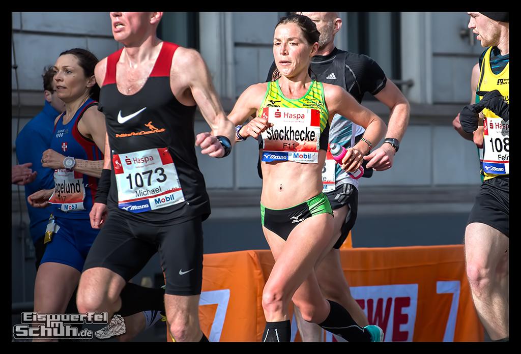 EISWUERFELIMSCHUH – Hamburg Marathon Laufen Haspa Mizuno (43)