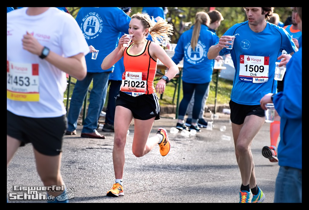 EISWUERFELIMSCHUH – Hamburg Marathon Laufen Haspa Mizuno (47)