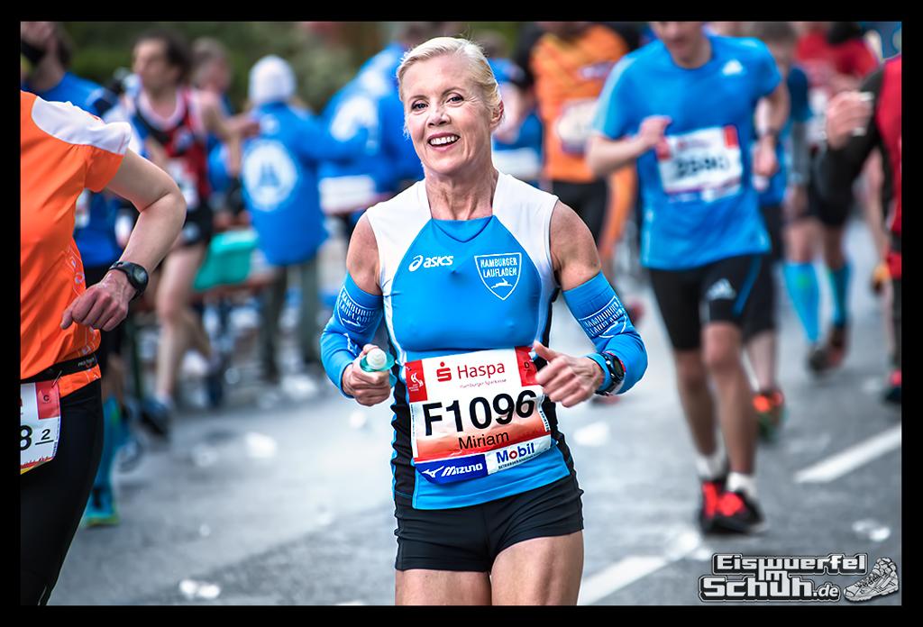 EISWUERFELIMSCHUH – Hamburg Marathon Laufen Haspa Mizuno (54)